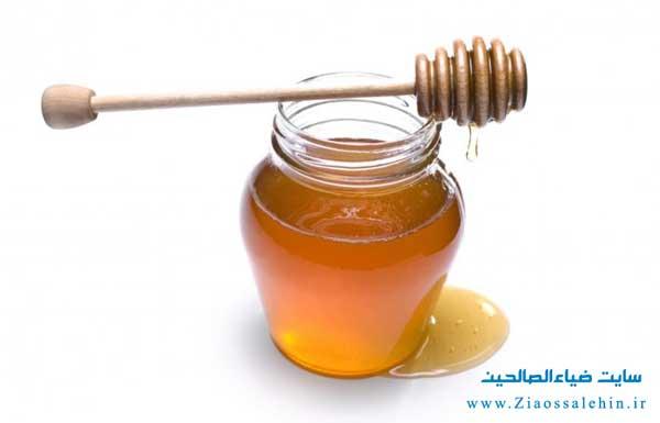 چه زمانی نوزادان میتوانند عسل را در برنامه غذایی خود داشته باشند؟