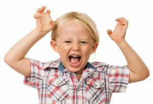 آیا علائم بیش فعالی کودک را میشناسید