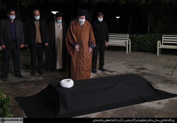 ayatollah-mesbah-www.Ziaossalehin.ir-Namaz-Mayyaet.jpg