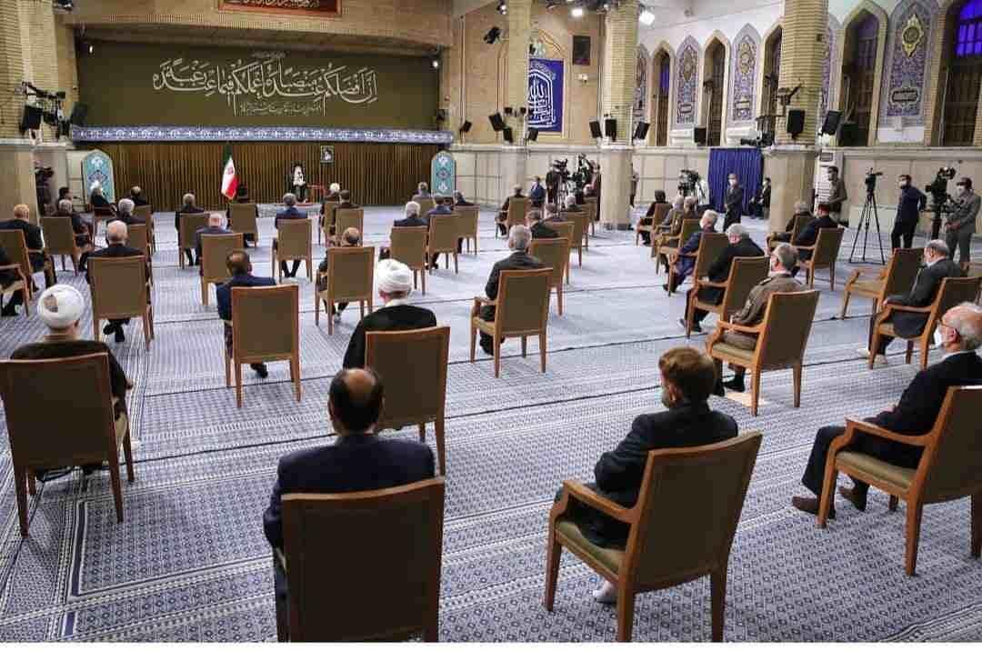 امام خامنه ای: در این دولت معلوم شد اعتماد به غرب جواب نمیدهد