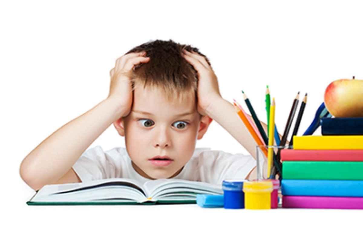 رفتار مناسب در مقابل بی رغبتی کودکان در انجام تکالیف مدرسه