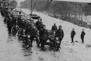 اشغال هلند توسط نیروهای آلمان نازی(گنجینه تصاویر ضیاءالصالحین)