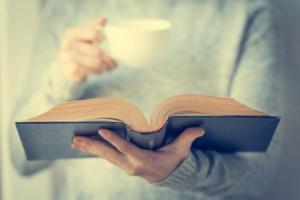 فواید مطالعه در جنبههای فردی و اجتماعی