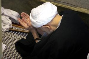 خشوع در نماز , نماز خاشعین, آیت الله بهجت, خشوع, نماز خاشعانه