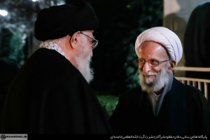 تصاویری از آیتالله مصباح یزدی در کنار رهبر انقلاب